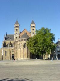 De duivel en de Sint-Servaasbasiliek